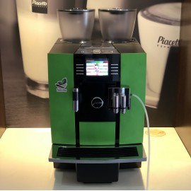 Jura Giga X8c Refurbished coffee machine (cat. R)